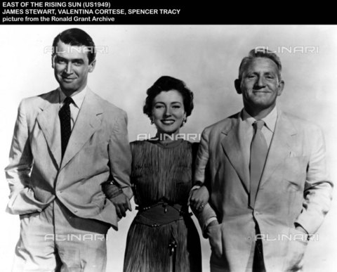 "EVA-S-001032-9647 - Gli attori James Stewart, Valentina Cortese e Spencer Tracy protagonisti del film ""East of the rising sun"" del 1949 - Data dello scatto: 1949 - © Mary Evans / Archivi Alinari, Ronald Grant Archive"