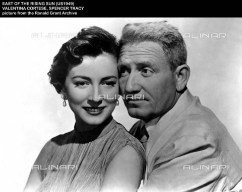 "EVA-S-001032-9648 - Gli attori Valentina Cortese e Spencer Tracy protagonisti del film ""East of the rising sun"" del 1949 - Data dello scatto: 1949 - © Mary Evans / Archivi Alinari, Ronald Grant Archive"