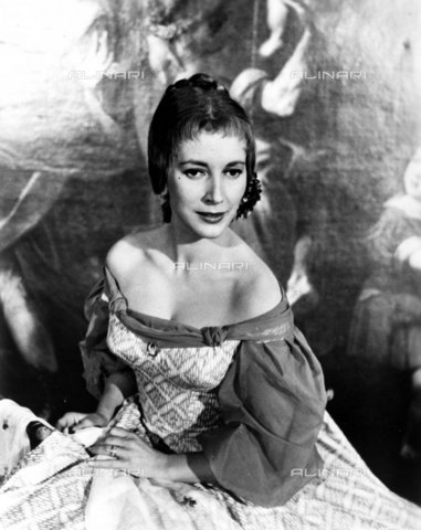 "EVA-S-001032-9649 - L'attrice Valentina Cortese protagonista del film ""Magic fire"" del 1956 - Data dello scatto: 1956 - © Mary Evans / Archivi Alinari, Republic pictures/Ronald Grant Archive"