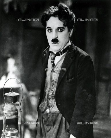 EVA-S-001047-2639 - The actor and film director Charlie Chaplin (1889-1977) - Data dello scatto: 1925 ca. - Peter Higginbotham / © Mary Evans / Alinari Archives