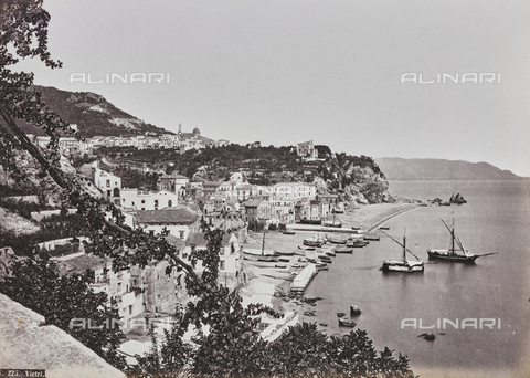 "FBQ-A-006084-0033 - Album ""Pompejj"": View of Vietri sul Mare - Data dello scatto: 1870 ca. - Archivi Alinari, Firenze"