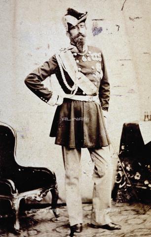 FBQ-A-006269-0102 - Ritratto a figura intera del generale Alfonso Ferrero di La Marmora in alta uniforme - Data dello scatto: 1860 -1870 ca. - Archivi Alinari, Firenze