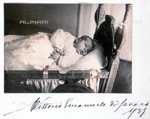 """FBQ-A-006273-0085 - """"House of Savoy II'. Victor Emanuel, Prince of Naples - Data dello scatto: 1937 - Archivi Alinari, Firenze"""