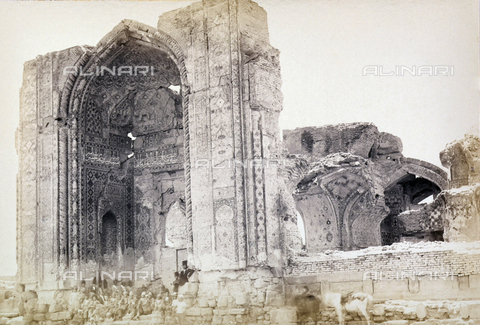 FBQ-A-006327-0009 - Ruins of the Kerman Mosque in Iran - Data dello scatto: 1860 ca. - Archivi Alinari, Firenze