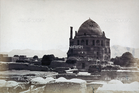 FBQ-A-006327-0012 - The Mausoleum of the Sultan Oljeitu at Sultaniyya, in Iran - Data dello scatto: 1860 ca. - Archivi Alinari, Firenze