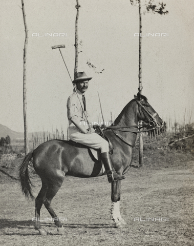 FBQ-A-006620-0075 - Album of the Marquis Giuseppe Colli Felizzano - Ethiopia / Argentina: portrait of a horse during a game of polo, Addis Ababa