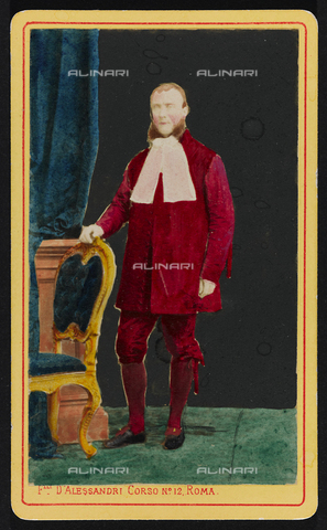 FBQ-F-000520-0000 - Ritratto, in studio, a figura intera di uomo in livrea di foggia settecentesca - Data dello scatto: 1881 - Raccolte Museali Fratelli Alinari (RMFA), Firenze