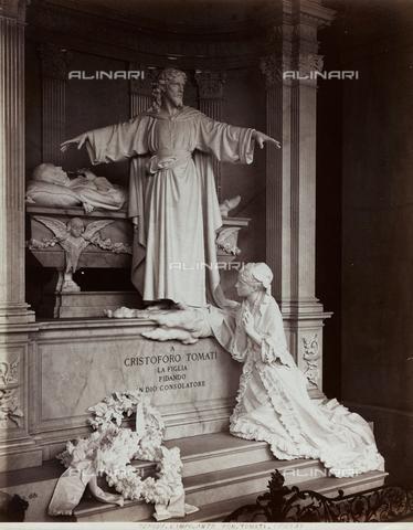 FBQ-F-001139-0000 - Monumento funebre di Cristoforo Tomati all'interno del Cimitero di Staglieno a Genova - Data dello scatto: 1881 -1900 ca. - Raccolte Museali Fratelli Alinari (RMFA), Firenze