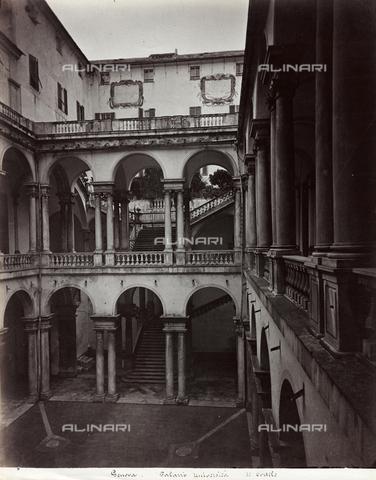 FBQ-F-001146-0000 - Scorcio del cortile del Palazzo dell'Università a Genova - Data dello scatto: 1870 -1880 ca. - Raccolte Museali Fratelli Alinari (RMFA), Firenze