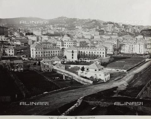 FBQ-F-001168-0000 - Veduta panoramica di Genova. In primo piano, il complesso dell'Ospedale Psichiatrico - Data dello scatto: 1880 -1890 ca. - Raccolte Museali Fratelli Alinari (RMFA), Firenze