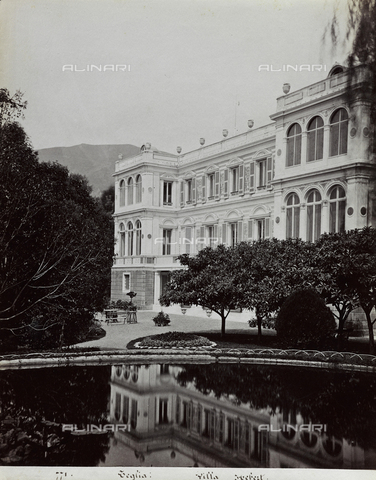 FBQ-F-001181-0000 - Perspective view of the back facade of Villa Hebert, near Genoa. In the foreground, partial view of the garden with pool and flower beds - Data dello scatto: 1870 ca. - Archivi Alinari, Firenze