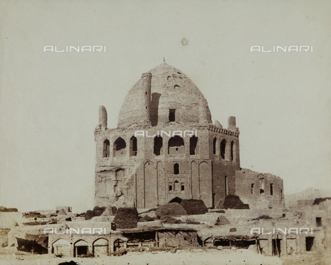 FBQ-F-002034-0000 - The Mausoleum of the Sultan Oljeitu at Sultaniyya, Iran - Data dello scatto: 1860 ca. - Archivi Alinari, Firenze