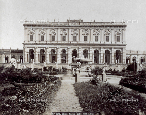 FBQ-F-002139-0000 - The facade of Villa Albani in Rome - Data dello scatto: 1875 - 1880 ca. - Archivi Alinari, Firenze