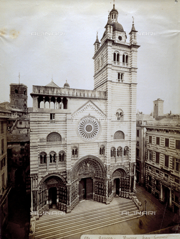FBQ-F-002780-0000 - The facade of the Cathedral in Genoa - Data dello scatto: 1870 -1890 - Archivi Alinari, Firenze
