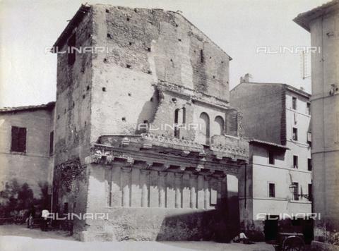 FBQ-F-004309-0000 - Torre di Nicola di Crescenzo o del Monzone denominato casa di Cola di Rienzo - Data dello scatto: 1892 ca. - Raccolte Museali Fratelli Alinari (RMFA), Firenze