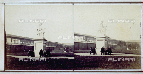 FBQ-F-005887-0000 - Colossal statue of Torricelli exhibited during the Italian Exhibition of 1861 in Florence - Date of photography: 1861 - Fratelli Alinari Museum Collections, Florence