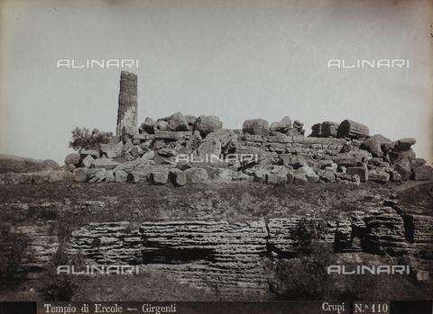 FBQ-F-006895-0000 - Ruins from the Temple of Hercules in Agrigento - Data dello scatto: 1880-1890 - Archivi Alinari, Firenze