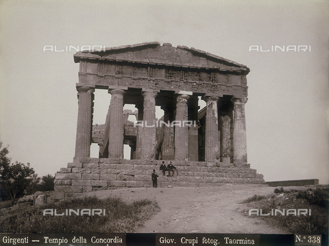 FBQ-F-006896-0000 - Tempio della Concordia ad Agrigento - Data dello scatto: 1880-1890 - Archivi Alinari, Firenze