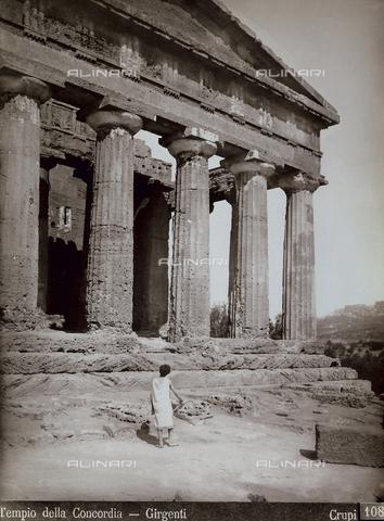 FBQ-F-006898-0000 - The temple of Concordia, The Temple Valley, Agrigento - Data dello scatto: 1880-1890 - Archivi Alinari, Firenze