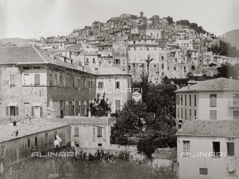 FBQ-S-003242-0001 - View from below of the old town of San Remo, perched on a hill - Data dello scatto: 1890 -1895 ca. - Archivi Alinari, Firenze