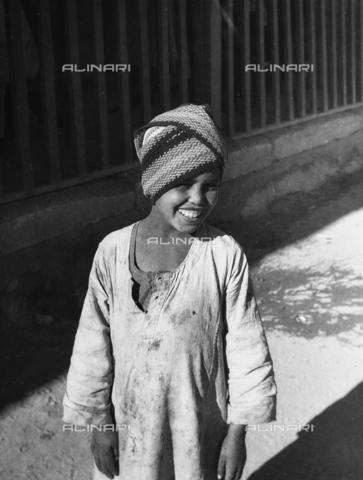 FCA-F-000162-0000 - Bambino egiziano - Data dello scatto: 1950-1960 - Archivi Alinari, Firenze