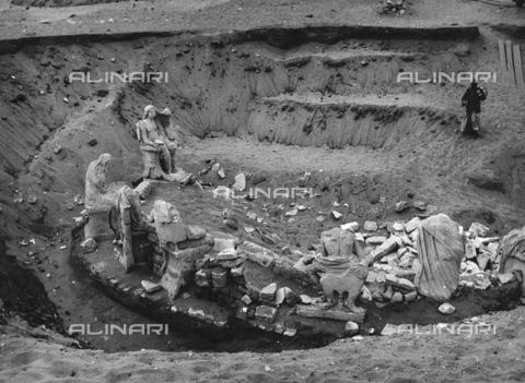 FCA-F-000172-0000 - Reperti archeologici, Egitto - Data dello scatto: 1950-1960 - Archivi Alinari, Firenze
