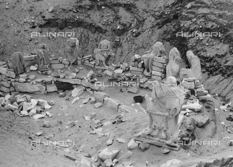 FCA-F-000174-0000 - Reperti archeologici, Egitto - Data dello scatto: 1950-1960 - Archivi Alinari, Firenze