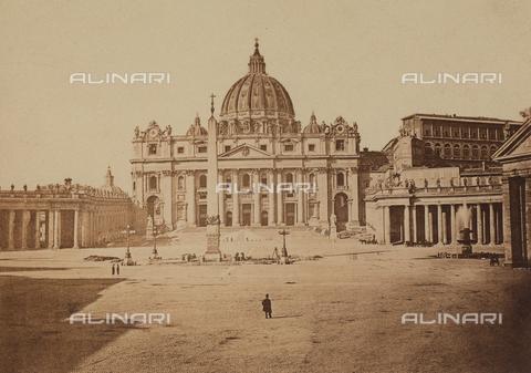 FCC-F-009914-0000 - Veduta di piazza S. Pietro, a Roma - Data dello scatto: 1859 - Raccolte Museali Fratelli Alinari (RMFA)-collezione Favrod, Firenze