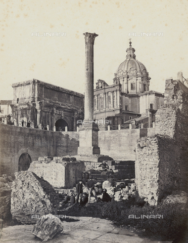 FCC-F-009920-0000 - The Roman Forum with Phocus' Comumn and the Arch of Septimus Severius, and in the background, the Church os Saints. Luca and Martina - Data dello scatto: 1858 - 1865 - Archivi Alinari, Firenze