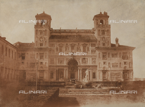 FCC-F-010037-0000 - The rear façade of Villa Medici, seat of the French Academy, in Rome - Data dello scatto: 1860 ca. - Archivi Alinari, Firenze