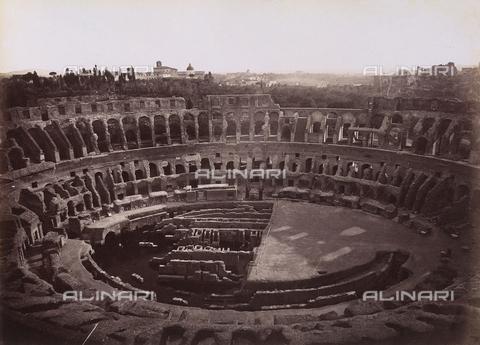 FCC-F-010072-0000 - Interno del Colosseo, Roma - Data dello scatto: 1870 - Archivi Alinari, Firenze