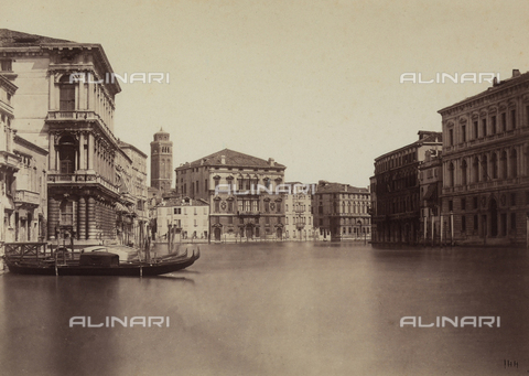 FCC-F-010854-0000 - View of Venice, seen from a canal - Data dello scatto: 1870 ca. - Archivi Alinari, Firenze