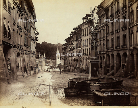FCC-F-013769-0000 - The Gerechtigkeitsbrunnen, or Fountain of Justice, Bern, Switzerland - Data dello scatto: 1880 ca. - Archivi Alinari, Firenze