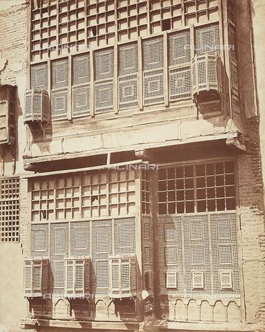 FCC-F-014328-0000 - Una finestra nella città del Cairo, in Egitto - Data dello scatto: 1870 ca. - Raccolte Museali Fratelli Alinari (RMFA)-collezione Favrod, Firenze