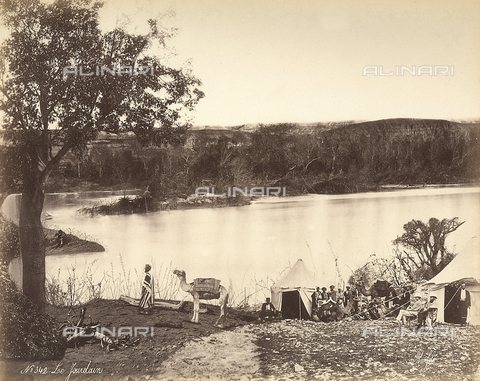 FCC-F-014343-0000 - A group of people camped on the banks of the Jordan River, in Isreal - Date of photography: 1870 ca. - Fratelli Alinari Museum Collections-Favrod Collection, Florence