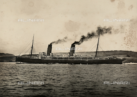 FCC-F-016832-0000 - The steamship Lucania in New York Bay - Data dello scatto: 1880-1900 ca. - Archivi Alinari, Firenze