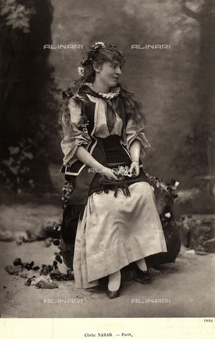 FCC-F-018866-0000 - Theatrical actress Suzette Reichenberg - Date of photography: 1884 - Fratelli Alinari Museum Collections-Favrod Collection, Florence