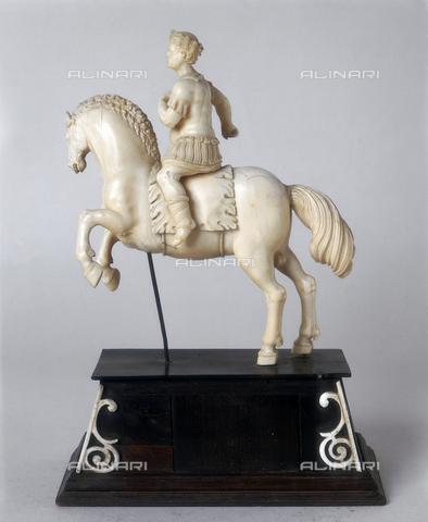 FIN-S-MGE000-0352 - Emperor on horseback, sculpture by Christoph Angermair, conserved at the Galleria Estense in Modena - Reproduced with the permission of Ministero per i Beni e le Attività Culturali / Finsiel/Alinari Archives