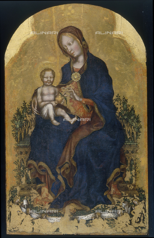 FIN-S-PG0000-0055 - Madonna and Child Enthroned and Angels, 1400-1405, tempera on panel, 97x60 cm, Gentile da Fabriano (c. 1370-1427), Galleria Nazionale dell'Umbria, Perugia - Reproduced with the permission of Ministero per i Beni e le Attività Culturali / Finsiel/Alinari Archives