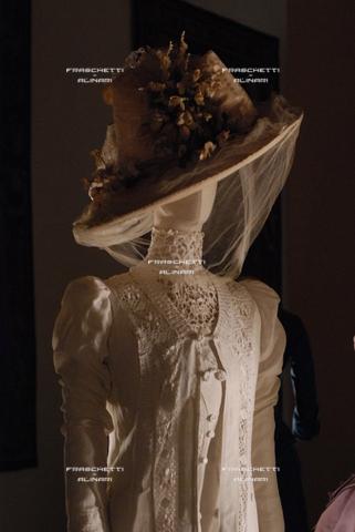 FMA-F-001255-0000 - Roma Mostra Palazzo Braschi. Tosi Costume per Morte a Venezia