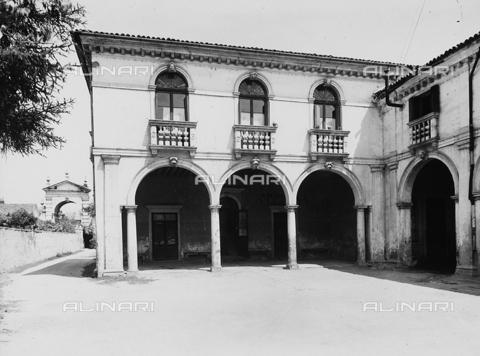 FPA-F-005486-0000 - Villa Widmann Rezzonico Foscari, Mira, Venice - Date of photography: 1935 ca. - Alinari Archives-Fiorentini Archive, Florence