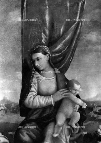 FPA-F-006523-0000 - Madonna and Child (detail of altarpiece), oil on canvas, Vicenza - Date of photography: 1945 ca. - Alinari Archives-Fiorentini Archive, Florence