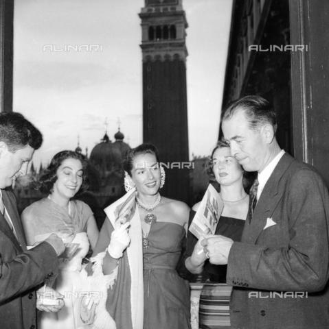FVA-S-208000-0338 - Personality visiting Venice - Data dello scatto: 1950 ca. - Archivi Alinari, Firenze