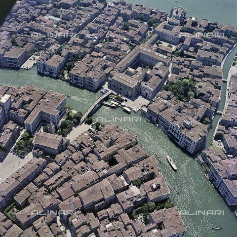 FVA-S-256000-0180 - Veduta aerea di Venezia - Data dello scatto: 1950 ca. - Archivi Alinari, Firenze