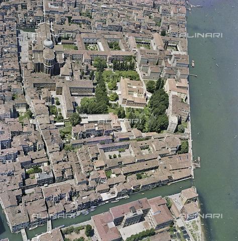 FVA-S-256000-0181 - Veduta aerea di Venezia - Data dello scatto: 1950 ca. - Archivi Alinari-donazione Ferruzzi, Firenze