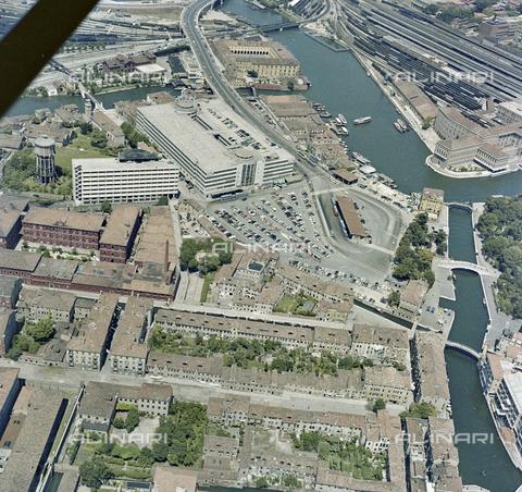 FVA-S-256000-0182 - Veduta aerea di Venezia - Data dello scatto: 1950 ca. - Archivi Alinari, Firenze