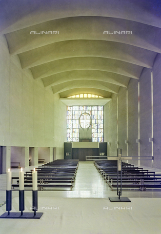 FVA-S-260000-0020 - Chiesa di San Lorenzo Giustiniani, interno, Mestre, Venezia - Data dello scatto: 1961 - Archivi Alinari, Firenze