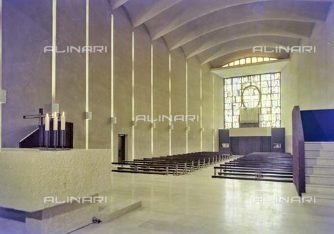FVA-S-260000-0021 - Chiesa di San Lorenzo Giustiniani, interno, Mestre, Venezia - Data dello scatto: 1961 - Archivi Alinari, Firenze