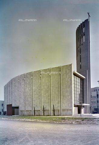 FVA-S-260000-0028 - Chiesa di San Lorenzo Giustiniani, Mestre, Venezia - Data dello scatto: 1961 - Archivi Alinari-donazione Ferruzzi, Firenze