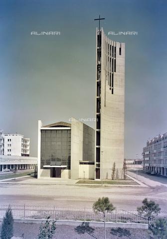FVA-S-260000-0030 - Chiesa di San Lorenzo Giustiniani, Mestre, Venezia - Data dello scatto: 1961 - Archivi Alinari-donazione Ferruzzi, Firenze